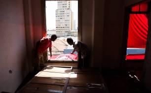 Moradores sem-teto ocuparam prédio na rua General Couto Magalhães, na Santa Efigênia / Danilo Verpa/Folhapress