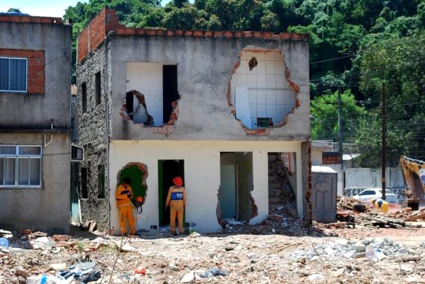 Casa destruída no Largo do Tanque, em Jacarepaguá, Zona Oeste do Rio: moradores relatam violações de direito à moradia por parte da Prefeitura. (Foto: Renato Cosentino)