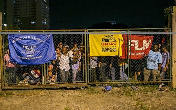 Rua do Bosque: Cerca de 400 pessoas ocuparam terreno (Danilo Ramos/RBA)